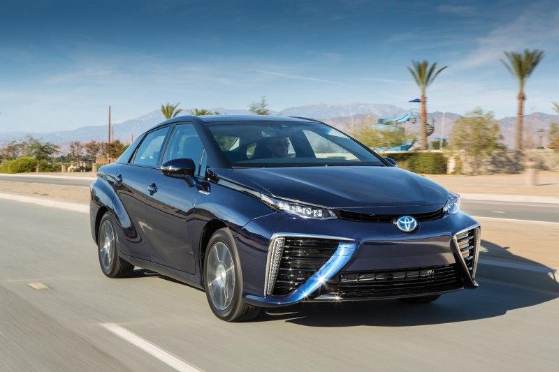 2016-Toyota-Mirai.jpg